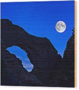 Moonrise Over North Window Arch Wood Print