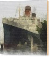 Morning Fog Queen Mary Ocean Liner 01 Photo Art 01 Wood Print