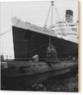 Morning Fog Russian Sub And Queen Mary 01 Bw Wood Print