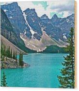 Morraine Lake In Banff Np-alberta Wood Print