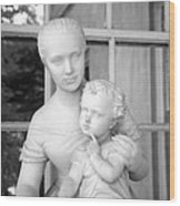 Mother And Child Statue Wood Print