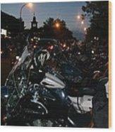 Motorcycles At Americade Lined Up Wood Print