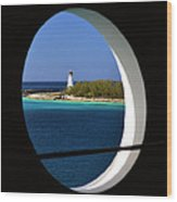 Nassau Lighthouse Porthole View Wood Print