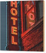 Neon Sign For Hotel In Texas Wood Print