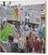 New Orleans - Mardi Gras Parades - 1212101 Wood Print by DC Photographer