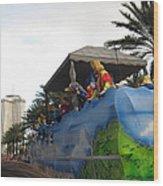 New Orleans - Mardi Gras Parades - 121238 Wood Print