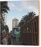 New Orleans - Mardi Gras Parades - 121239 Wood Print
