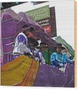 New Orleans - Mardi Gras Parades - 12124 Wood Print