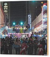 New Orleans - Mardi Gras Parades - 121242 Wood Print