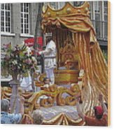 New Orleans - Mardi Gras Parades - 121261 Wood Print