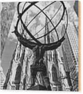 New York - Atlas Statue Wood Print
