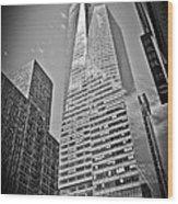New York - B And W Hdr Bank Of America Wood Print