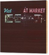 Night Lights Vict At Market Wood Print