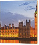 Nightly View - Houses Of Parliament Wood Print by Melanie Viola