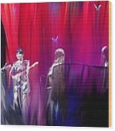 Norah Jones On Stage Wood Print