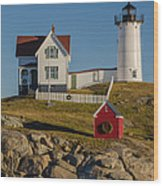 Nubble Light At Christmas Wood Print by Pat Lucas