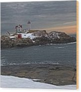 Nubble Light Christmas Wood Print