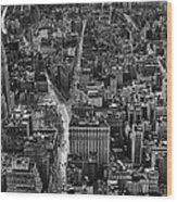 Nyc Downtown - Black And White Wood Print