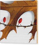 Oak With Berries Wood Print