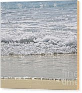 Ocean Shore With Sparkling Waves Wood Print