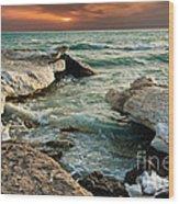 Ocean Waves Lapping At A Shoreline Wood Print