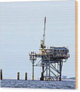 Oil Rig In The Gulf Wood Print