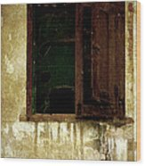 Old And Decrepit Window Wood Print