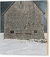 Old Barn In A Snow Storm Wood Print by Edward Fielding