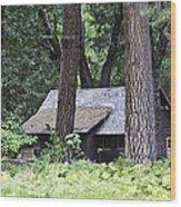 Old Cabin Wood Print