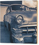 Old Car In Front Of Garage Wood Print