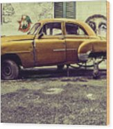 Old Car/cat Wood Print