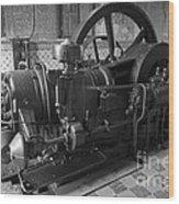 Old Diesel Motor Mexico Wood Print