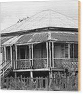 Old Queenslander Wood Print by Lee Stickels