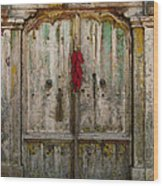 Old Ristra Door Wood Print by Kurt Van Wagner