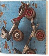 Old Roller Skates Wood Print by Garry Gay