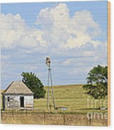 Old Rush County Farmhouse With Windmill Wood Print