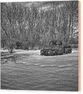 Old Timer In The Snow Wood Print