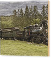 Old Train Steam Engine At The Fort Edmonton Park Wood Print