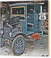 Old Tyme Auto Shop Wood Print