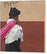 On An Errand In Otavalo Wood Print