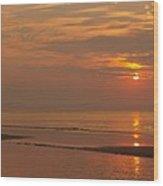 Orange Dawn At Hunting Island State Park Wood Print
