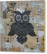 Owl On Burlap2 Wood Print
