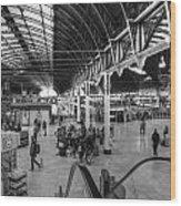 Paddington Station Bw Wood Print