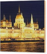 Parliament Building At Night In Budapest Wood Print