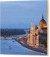 Parliament Building In Budapest At Evening Wood Print