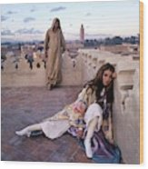 Paul Getty Jr And Talitha Getty On A Terrace Wood Print