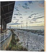 Pavilian And The December Sunrise Wood Print