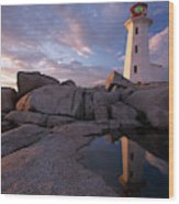 Peggys Point Lighthouse At Sunset Wood Print