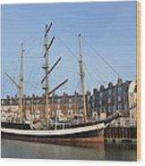 Pelican Of London Wood Print