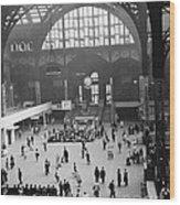 Penn Station Nyc 1957 Wood Print